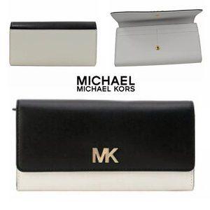 NWT Black & Optic White Montgomery Leather Wallet